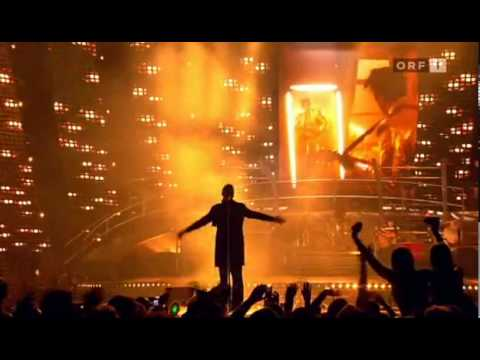 Robbie Williams Advertising Space (live At Leeds) ||HQ|| Mp3