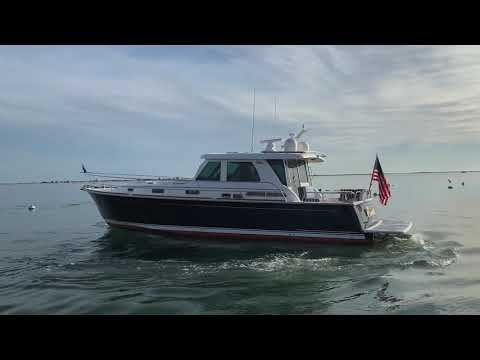 Sabre 48 Salon Express video