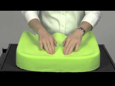 Watch a demonstration on the Invacare® Matrx®™ PS Cushion