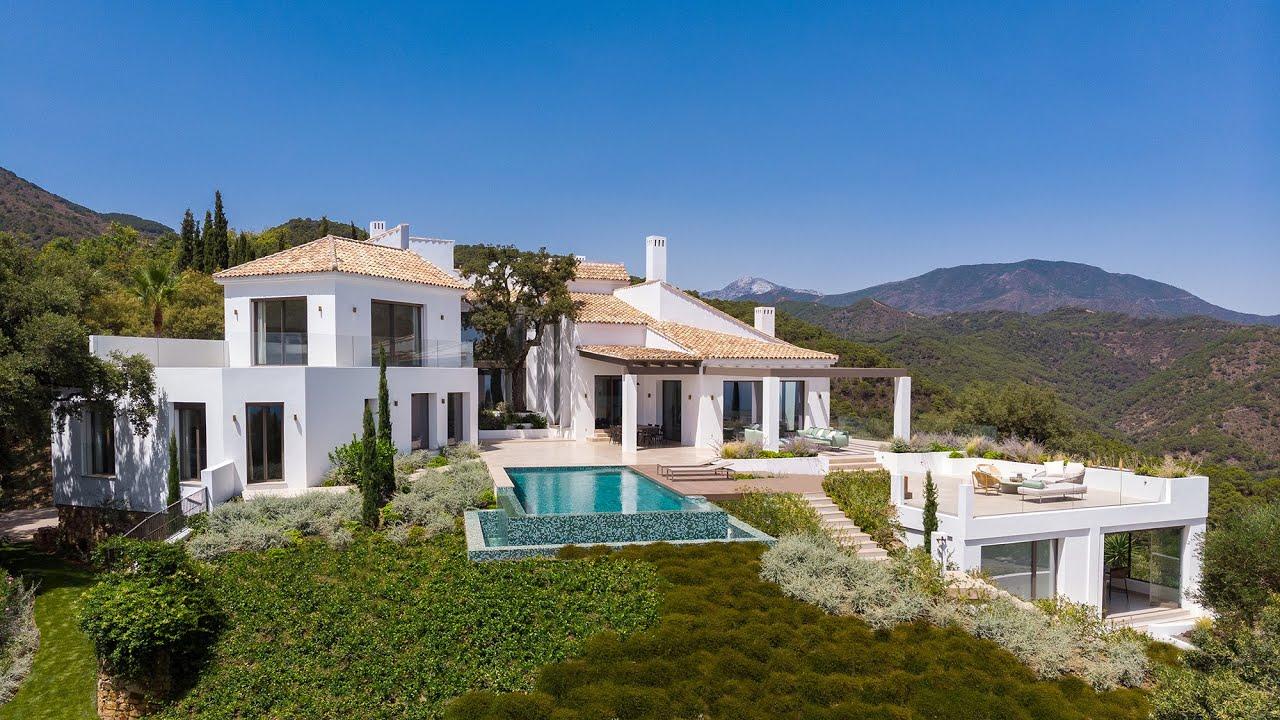 Sobresaliente Villa de nueva construcción con vistas panorámicas, El Madroñal, Benahavis