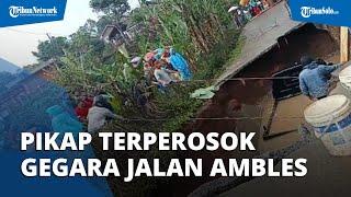 Akibat Hujan Deras, Jalan Citepus Malangbong Garut Ambles, 1 Mobil Pikap Terperosok