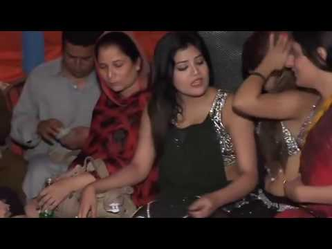 nude mujra girls in pakistan wedding 2017