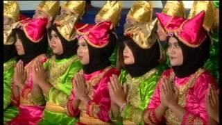 Gitasurya Student Choir - Tari Indang Arr. By  M Arif Aminuddin