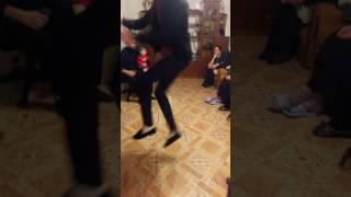 Аткарск цыгане танцует