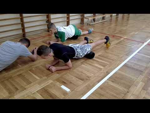 Gipertonus mięśni nóg u niemowląt masażu wideo