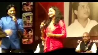 Aa Mere Humjoli Aa Khelen Aankh Micholi Aa - YouTube