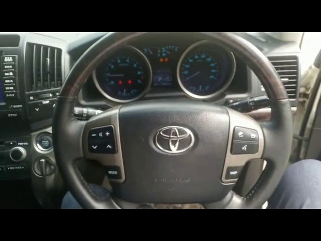 Toyota Land Cruiser ZX 2011 for Sale in Karachi