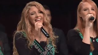 THE COLLINGSWORTH FAMILY - FEAR NOT TOMORROW (Live with lyrics)