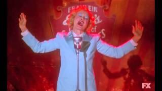 """""""Life On Mars"""" - de David Bowie par Jessica Lange"""