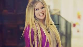 Avril Lavigne-Laundrin' Home: Commercial + BTS