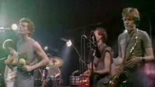 The Tom Robin on Band - Li ten To The Radio