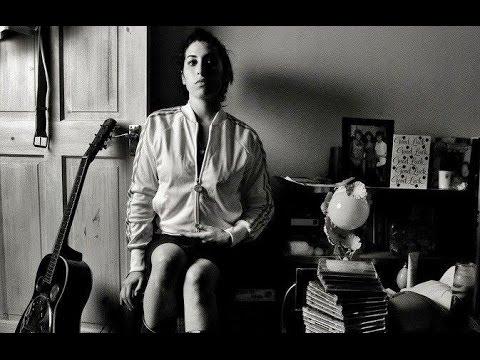 Amy Winehouse - Halftime (Lyric video)