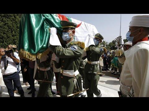Αλγερία: «Ύστατο χαίρε» σε αποκεφαλισθέντες αντιστασιακούς…