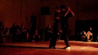 "Eugenia e Yanick ballano ""playboy"" degli hot chip - Avantgardner Palermo 2009"
