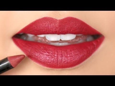 HOW TO: Apply Lip Liner For Beginners | chiutips