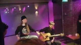 Jojo-Breezy live acoustic VIP Paradiso Amsterdam