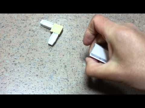 Ремонт антимоскитной сетки: замена уголков.