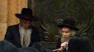 """רבי דוד חי אבוחצירה והרב אהרון לייב שטיינמן שליט""""א 2"""