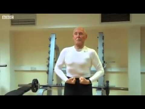 Medical Miracle: Amazing 93 Year Old Bodybuilder (with Subtitles)