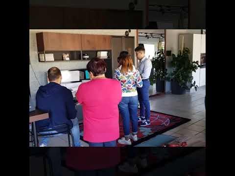 Abruzzo cucine Lube e Creokitchens store Pratola Peligna entra in cucina con la realtà virtuale (4) - Video - LUBE CREO Store Pratola Peligna