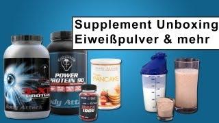 Supplement Paket ausgepackt - Eiweißpulver, Maca und mehr