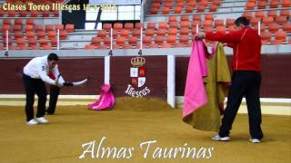 preview picture of video 'clases de toreo en Illescas 12-4-2013'