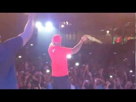 Descargar Flo Rida Right Round Live From Bangalore Indi