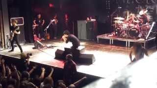 One Ok Rock -【完全感覚Dreamer】(Kanzen Kankaku Dreamer) Live Paris Trianon 23/10/2013