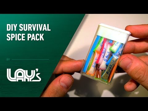 Create Your Own Travel Size Spice Packs With Drinking Straws