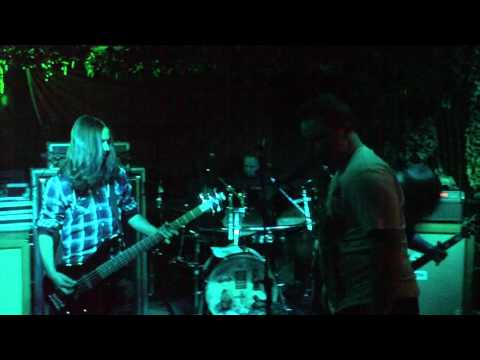 Seven Towers - Make It Look Like An Accident (Live) @ The Alma 14/05/11