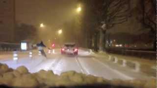 preview picture of video 'Ski tracté dans les rues de Caen - Normandie'