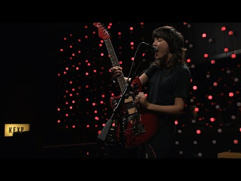 Courtney Barnett - Nameless, Faceless (Live on KEXP)