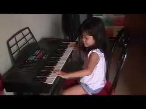 ronalyn playing organ Jul 10, 2008