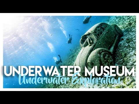UNDERWATER MUSEUM SCUBA DIVING IN CANCUN MEXICO