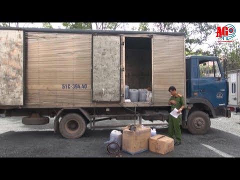 Bắt giữ xe tải vận chuyển số lượng lớn chất thải nguy hại không rõ nguồn gốc