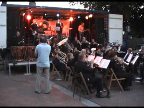 Pleinfeest 2008 - Oeffelt fanfare met Pay-Black - You can leave your hat on
