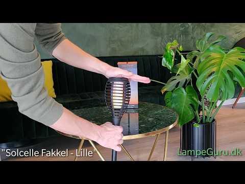Udpakning og samling af lille Solar fakkel