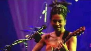Ani DiFranco - The Diner (Live - 2000)
