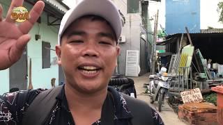 """Tội nghiệp Tâm xe ôm lặn lội lên Sài Gòn ghé thăm Khương Dừa và """"hối lộ"""" một cây......bánh pía"""