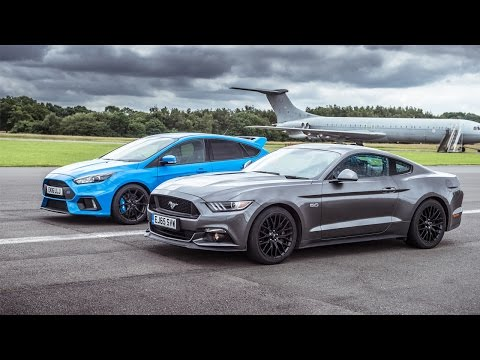 Ford Mustang vs Ford Focus RS