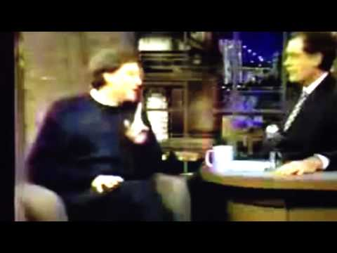 1995 Bill Gates attempts to convince David Letterman that the internet is useful