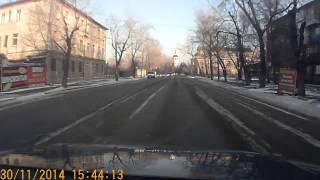 Смотреть онлайн Лобовое столкновения с Крузаком в Иркутске