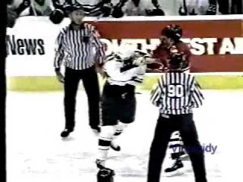 Todd Harvey vs. Cam Russell