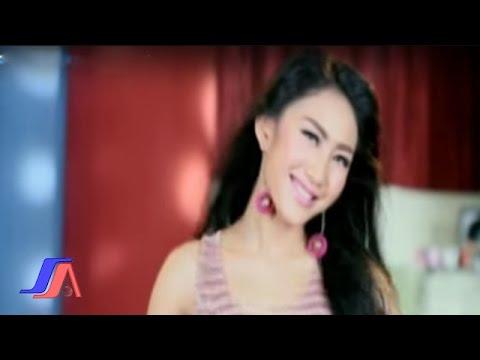 Gue Mah Gitu Orangnya - iMeyMey (Official Music Video)