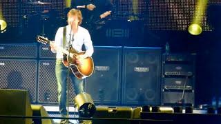 Paul Mccartney - Lovely Rita  (The Beatles) (LIVE)