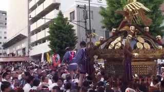 神田祭り 江戸神社「 旧神田 市場 」 パワフル渡御 平成25年です。。