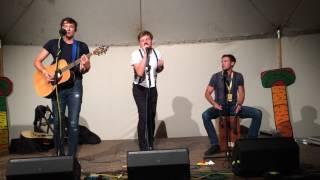 Video OKno na Folkových prázdninách - Alenka v říši divů