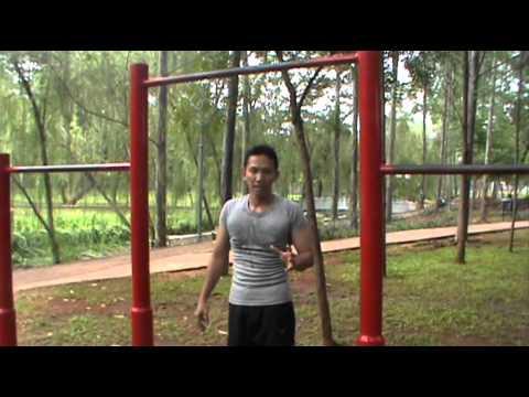 Pelatihan komprehensif untuk menurunkan berat badan di aula