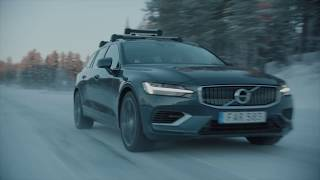 YouTube Video luScny2XYhk for Product Volvo V60 (2nd Gen) Cross Country Wagon by Company Volvo Cars in Industry Cars