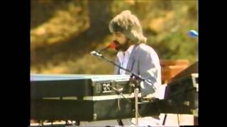The Doobie Brothers - Take Me In Your Arms (Rock Me A Little While) - Live '81